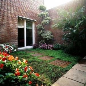 jardineria-y-paisajismo-moises-j_image-leon-jardines-04